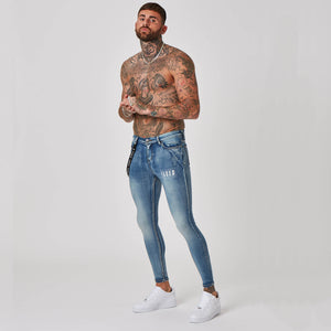 Antique wash jeans in spray on fit