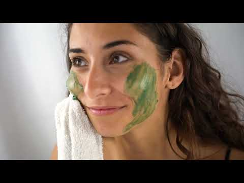 Load and play video in Gallery viewer, Renew & Retain | Spirulina & Kelp Correcting Mask