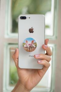 3 Little Piggies pop-up phone grip