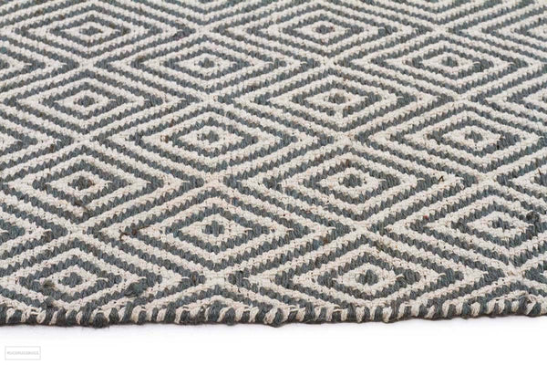 Habitat Diamond Pattern Rug - Blue - FLATWEAVE
