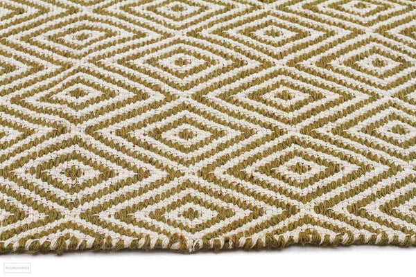 Habitat Diamond Pattern Rug - Green - FLATWEAVE