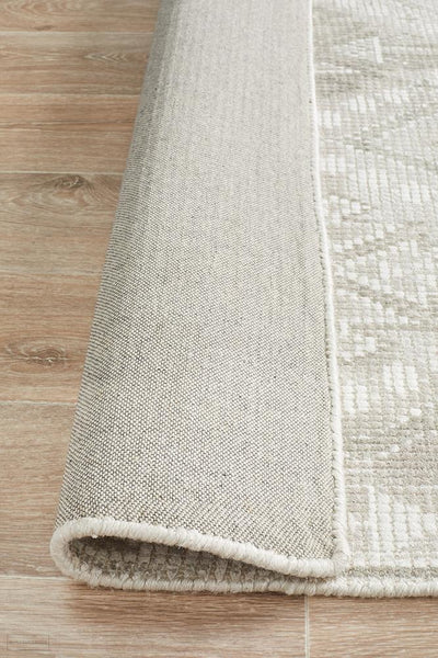 Castle Ariana Diamond Natural Silver Rug - MODERN