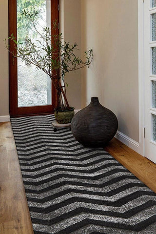 Icon Modern Chevron Design Runner Rug Charcoal