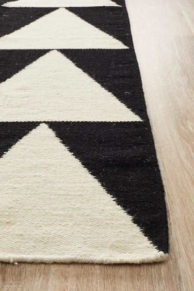 Nomad Pure Wool Flatweave 26 Black Rug - DISCONTINUED