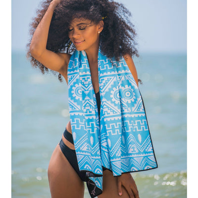 EvolveTravelGoods Sand Free Travel Beach Towel Fiji