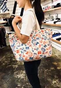 YAYA KUKU ALL OVER ZIPPER TOTE BAG