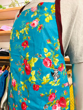 Load image into Gallery viewer, EMBROIDERED HULA YAYA FLORAL APRON
