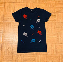Load image into Gallery viewer, WOMENS ALL OVER YAYA PATCH TEE