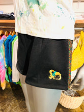 Load image into Gallery viewer, WOMENS EMBROIDERY YAYA FACE SHORTS