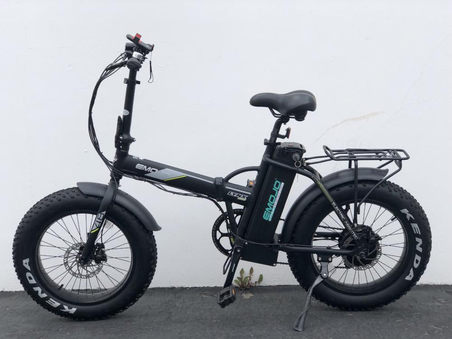 Emojo Lynx PRO Folding Fat Tire eBike Action l Watt Fleet