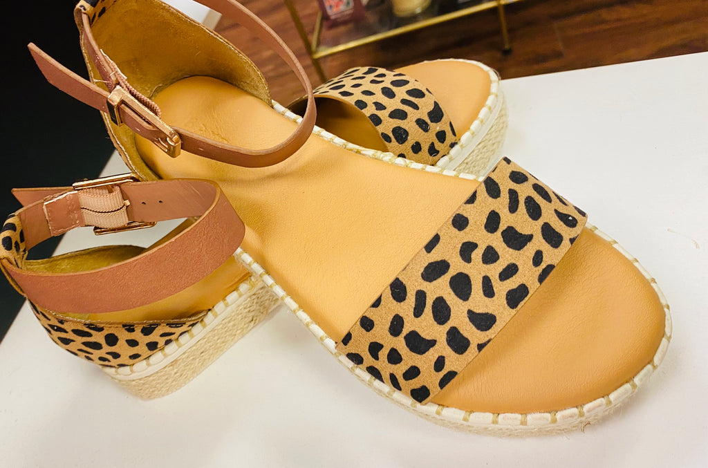 Closed Back Cheetah Sandal