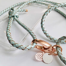 "Load image into Gallery viewer, Handykette Leder ""Fresh As Mint"" rosegold Karabiner Detailansicht - NURI"