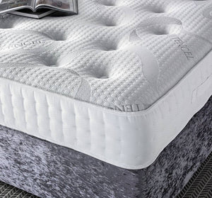 "Chalfont 1000 Features: Medium tension; 1000 nestled pocket springs; 2""/5 cm high grade memory foam with open cell technology; Duo pad insulator; Tencel 4 way stretch cover; Single sided - turn head to foot only. UK sizes and made to measure on request. Estimated delivery 1 week"