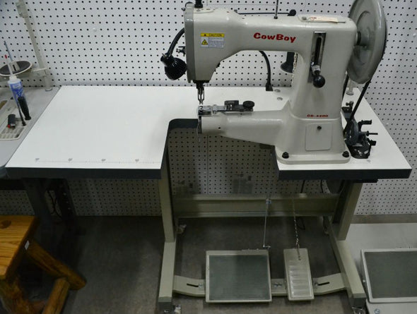 Cowboy 3200 Industrial heavy leather Sewing Machine,