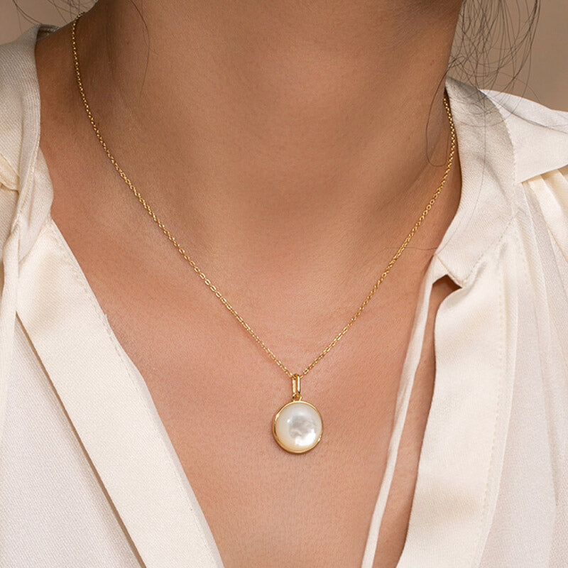 Minimalist Convex Round Mother of Pearl Pendant Necklace for women