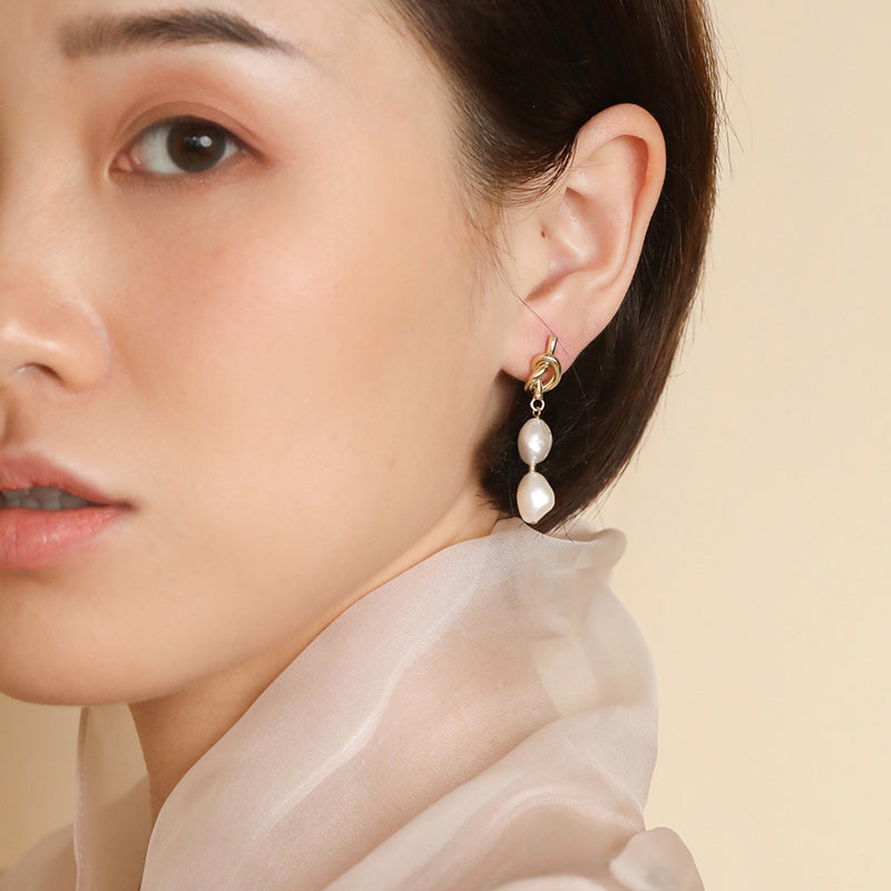 S.Leaf Knot Baroque Pearl Long Dangle Drop Earrings