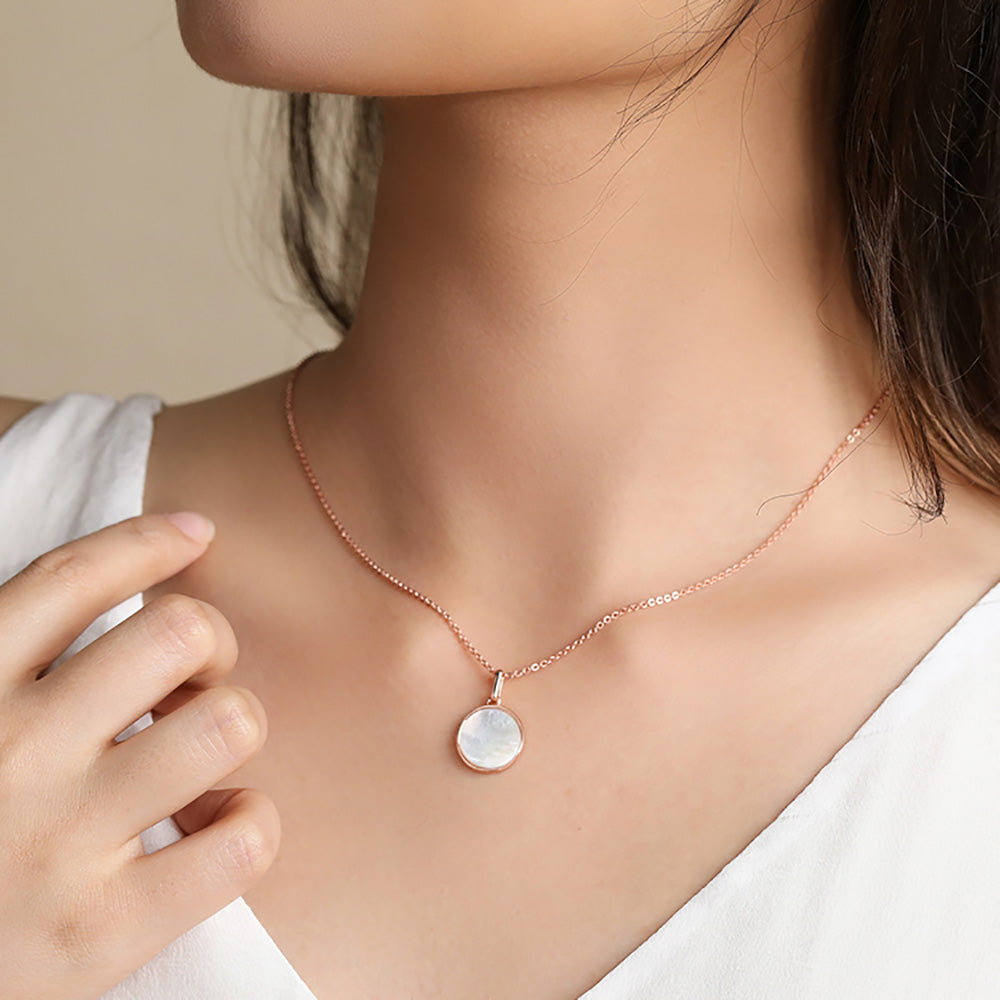 rose gold mother of pearl Four-leaf clover dual side pendant necklace