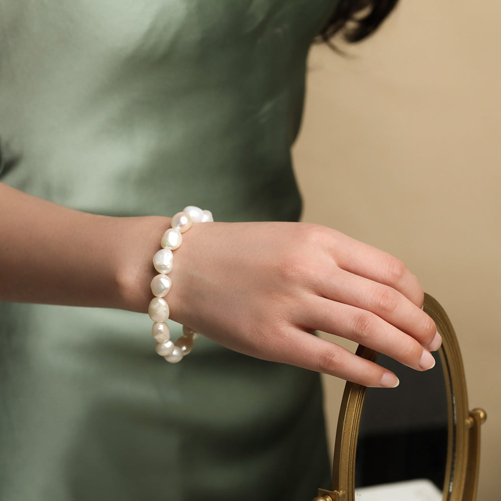 Fashion Vintage White Baroque Pearl Bracelet