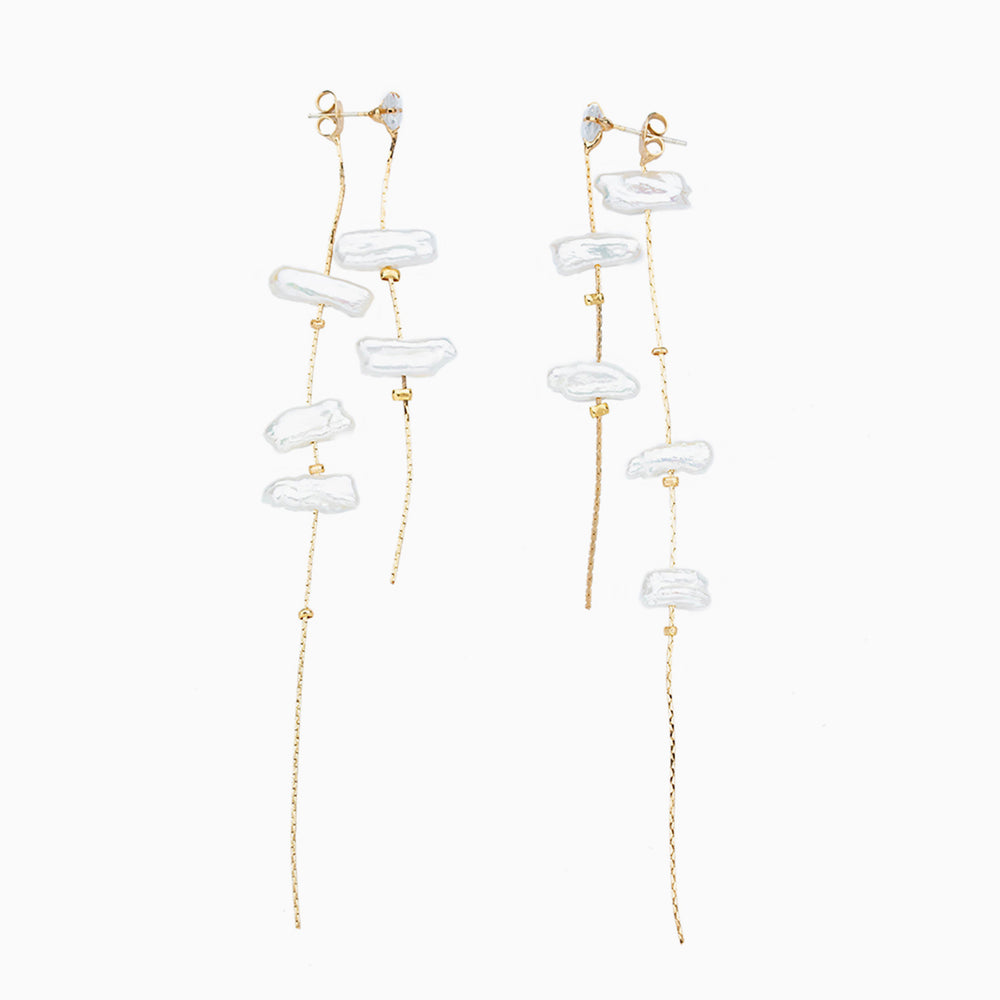 Baroque pearl tassel earrings gold