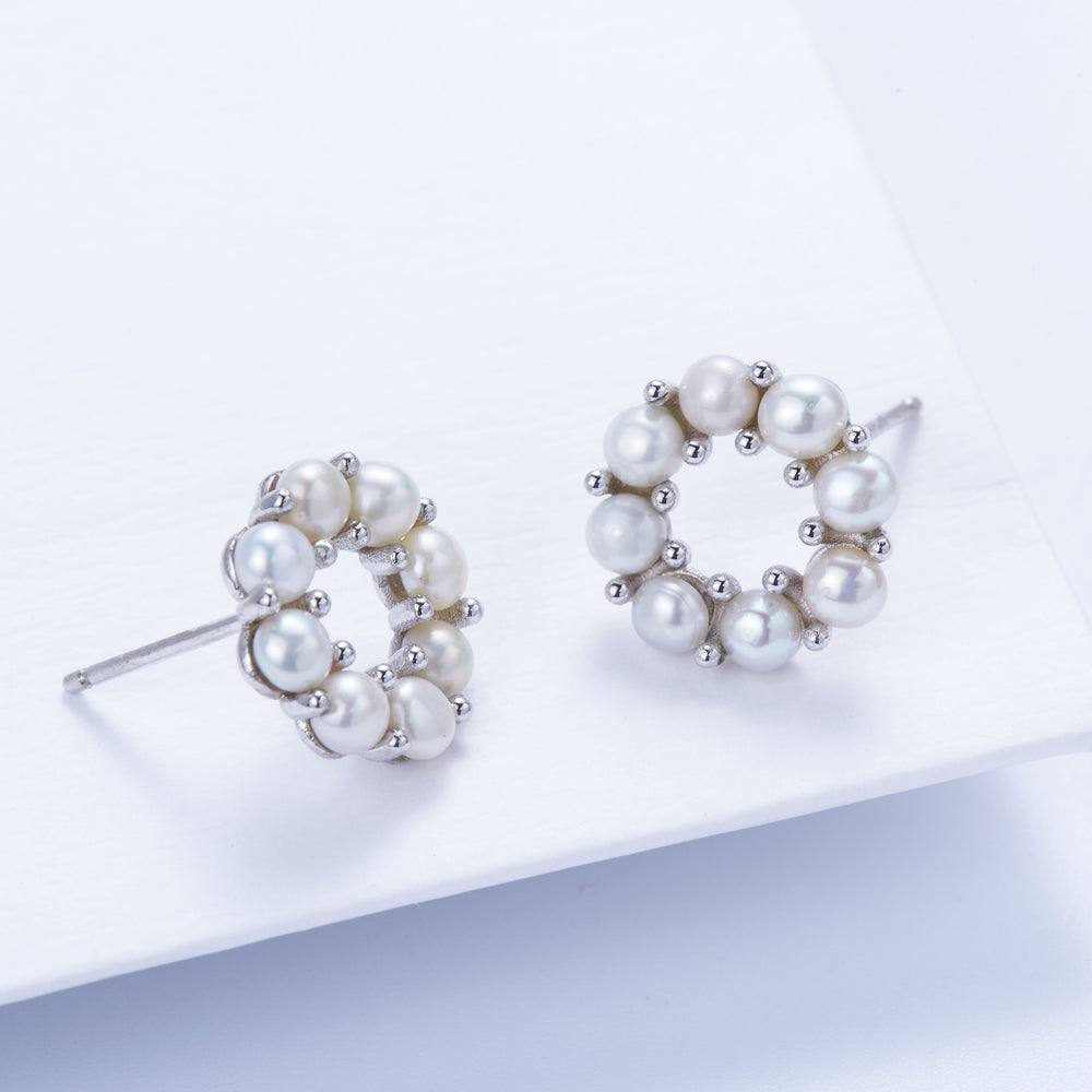 Tiny Pearl Wreath Stud Earrings