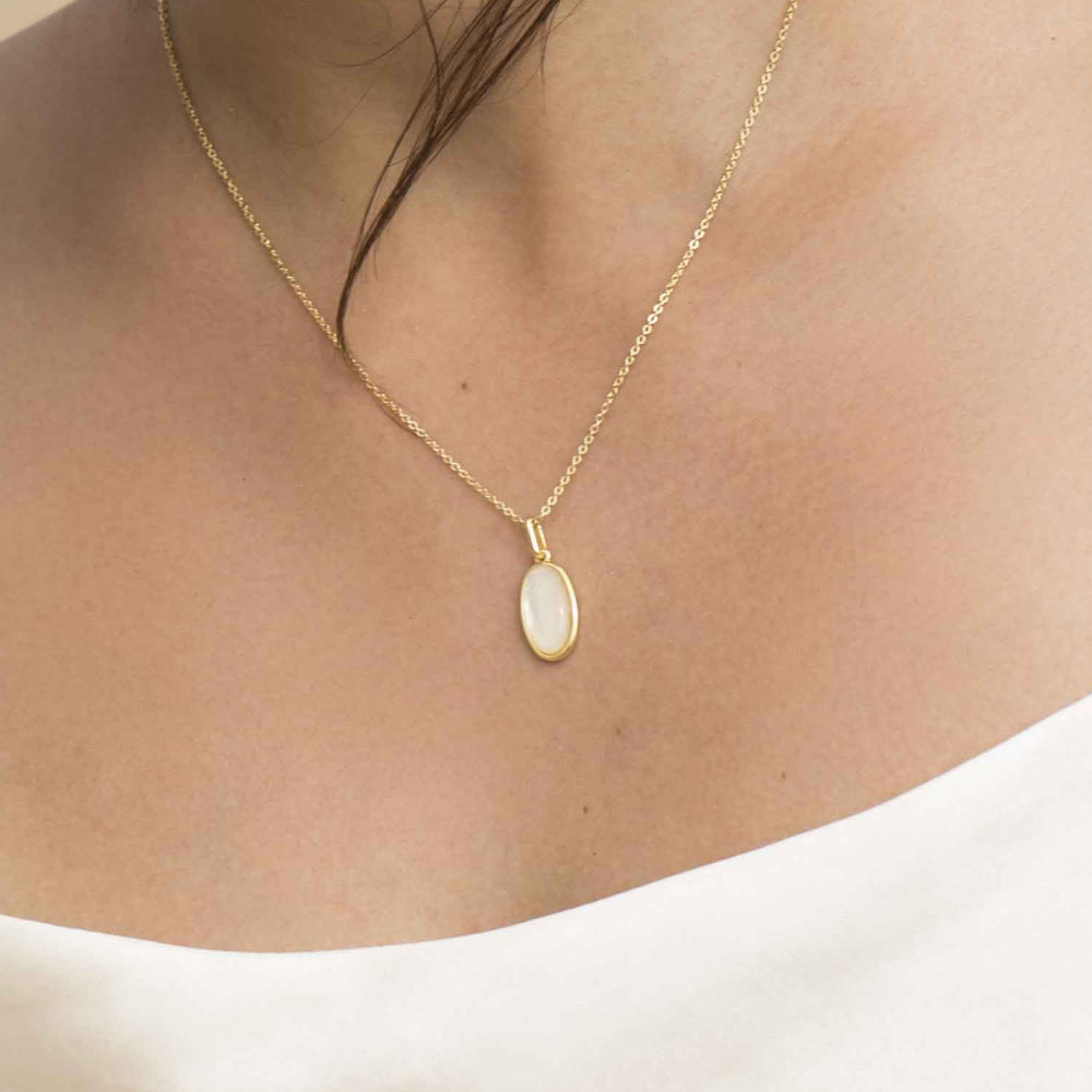 Mother of Pearl Oval Pendant Necklace sterling silver