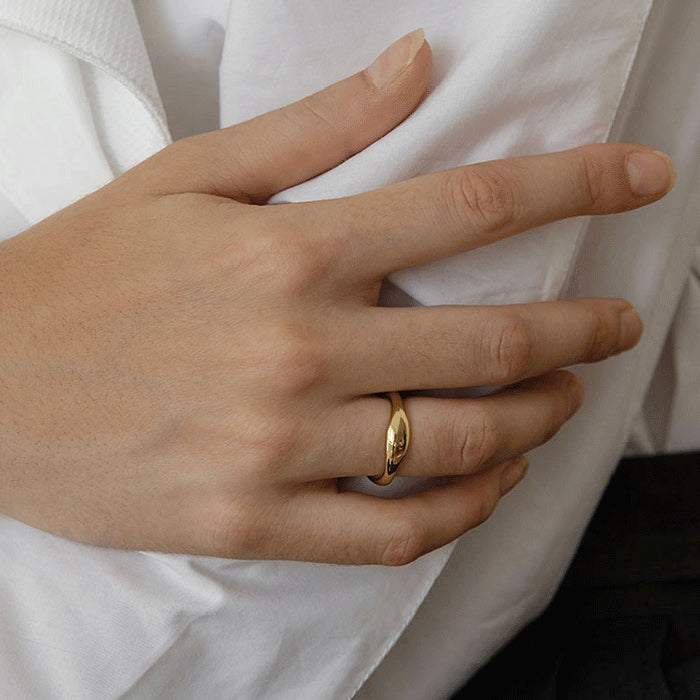 Gold Flowing Curve Ring simple band ring for women