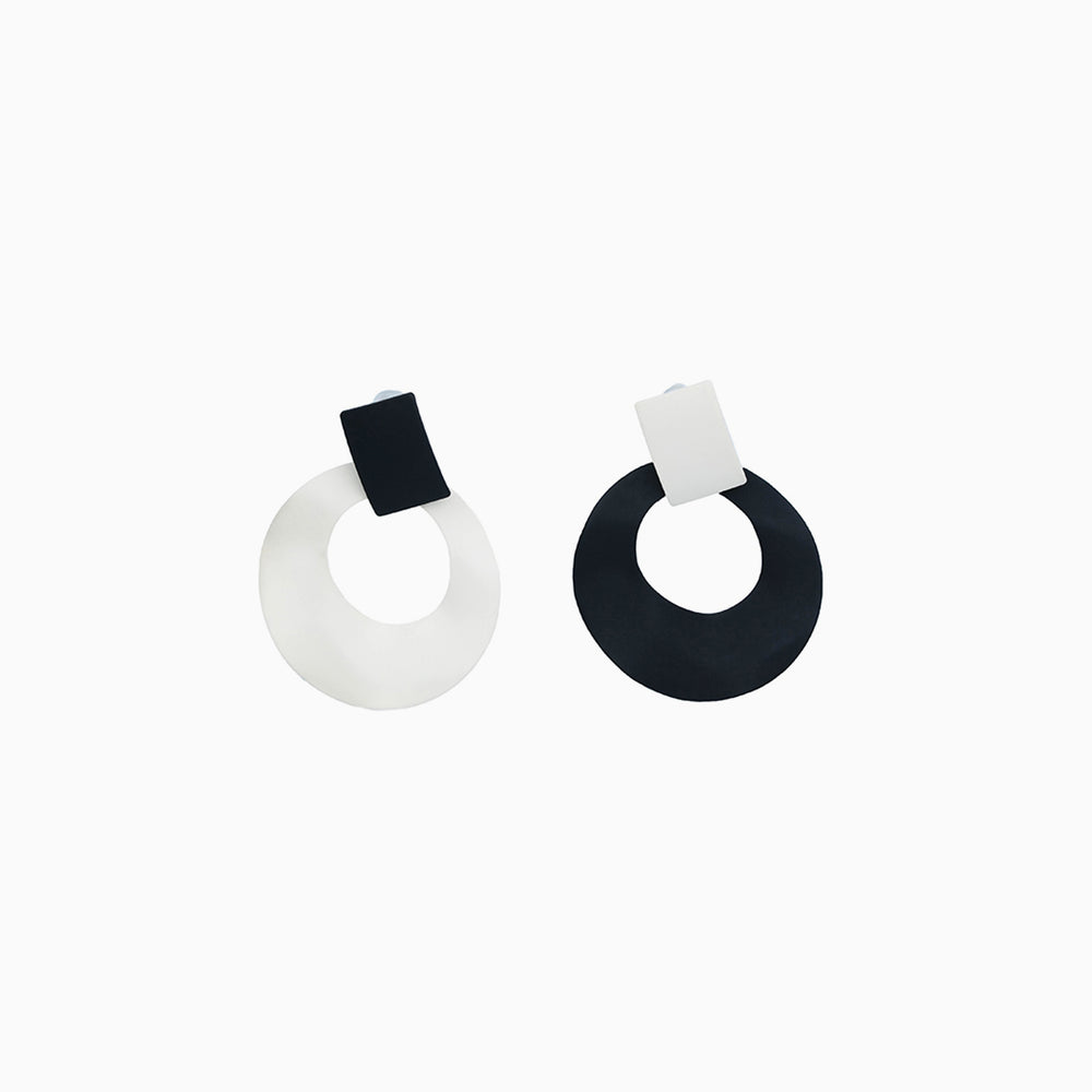 Irregular Circle Earrings statement earrings