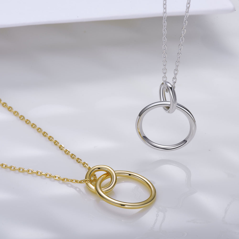 sterling silver Interlocking Circle pendant Necklace