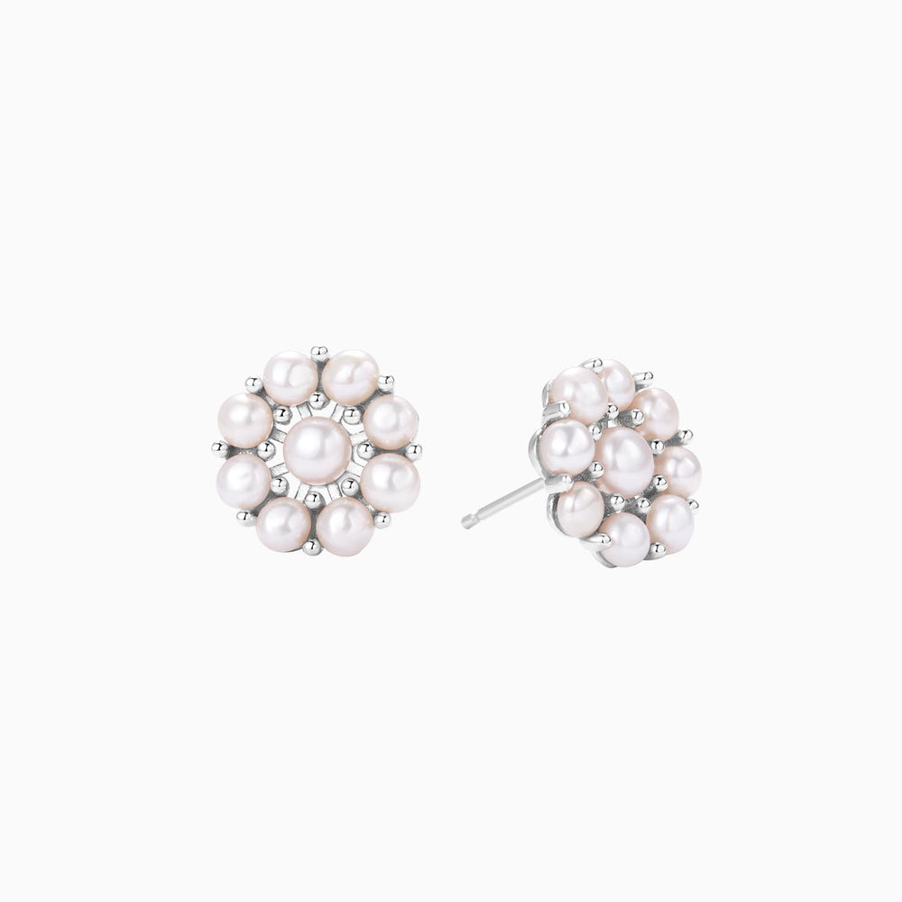 Pearls Flower Stud Earrings