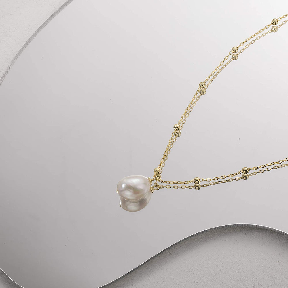 Baroque pearl necklace gold