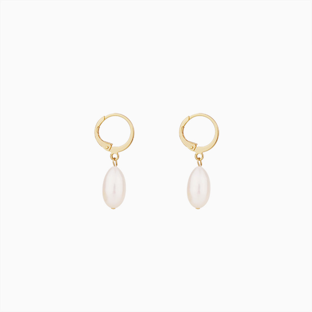 Oval Baroque Pearl Hoop Earrings gold