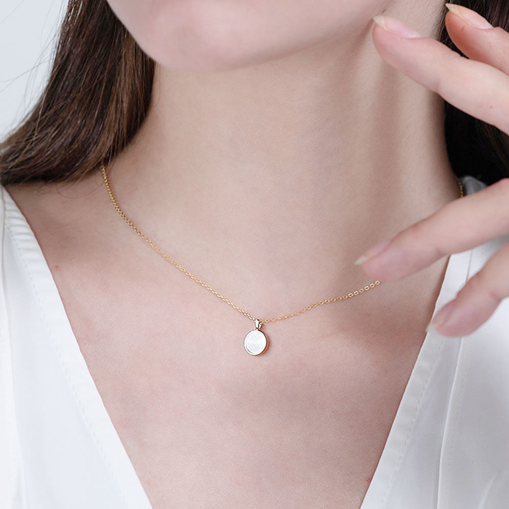 simple dainty Mother of Pearl Round Necklace for women