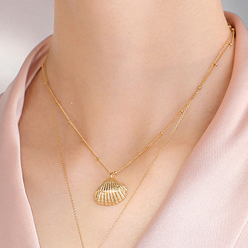 Vintage Shell pendant Necklace sterling silver gold