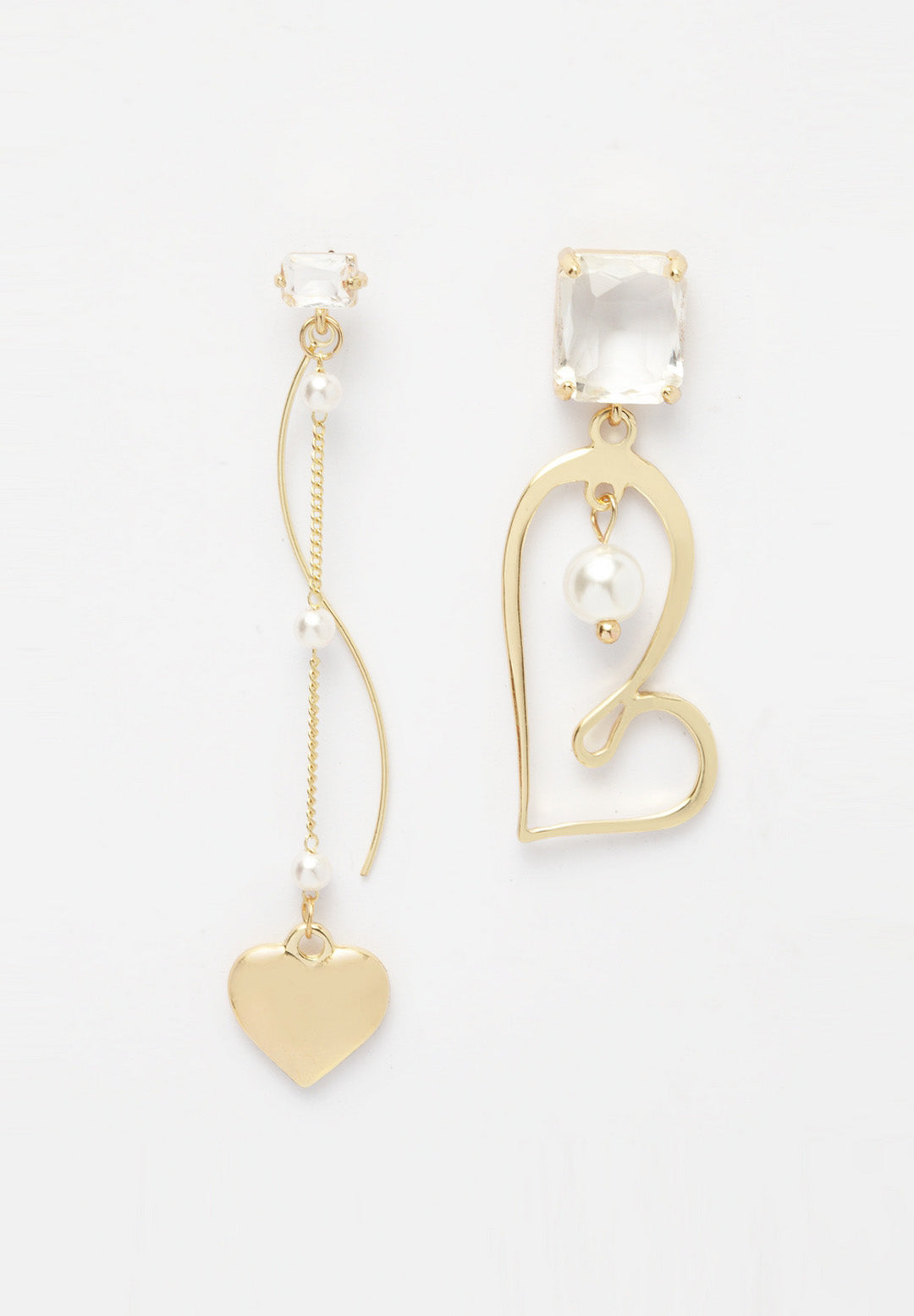 Avant-Garde Paris Quirky Heart And Pearls Crystal Earrings