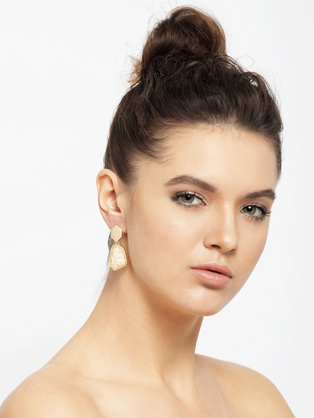 Avant-Garde Paris Luxe Earrings With Lusturous Stones