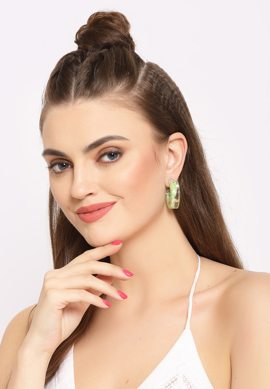 Avant-Garde ParisTransparent Round Crystal Hoop Earrings