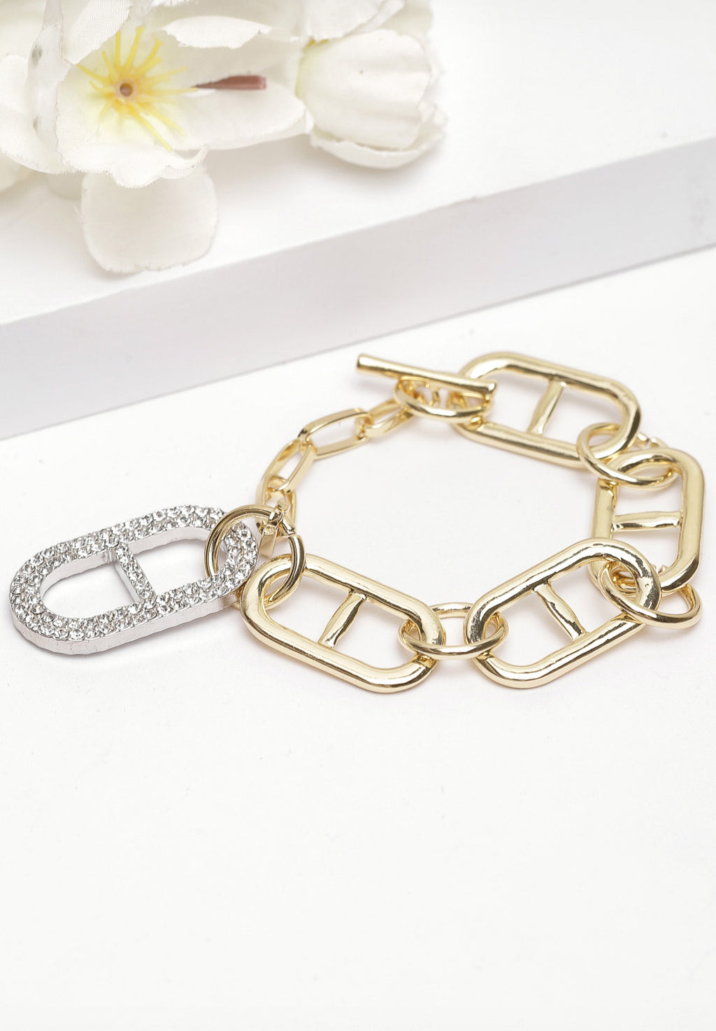 Avant-Garde Paris Gold Chain Crystal Bracelet