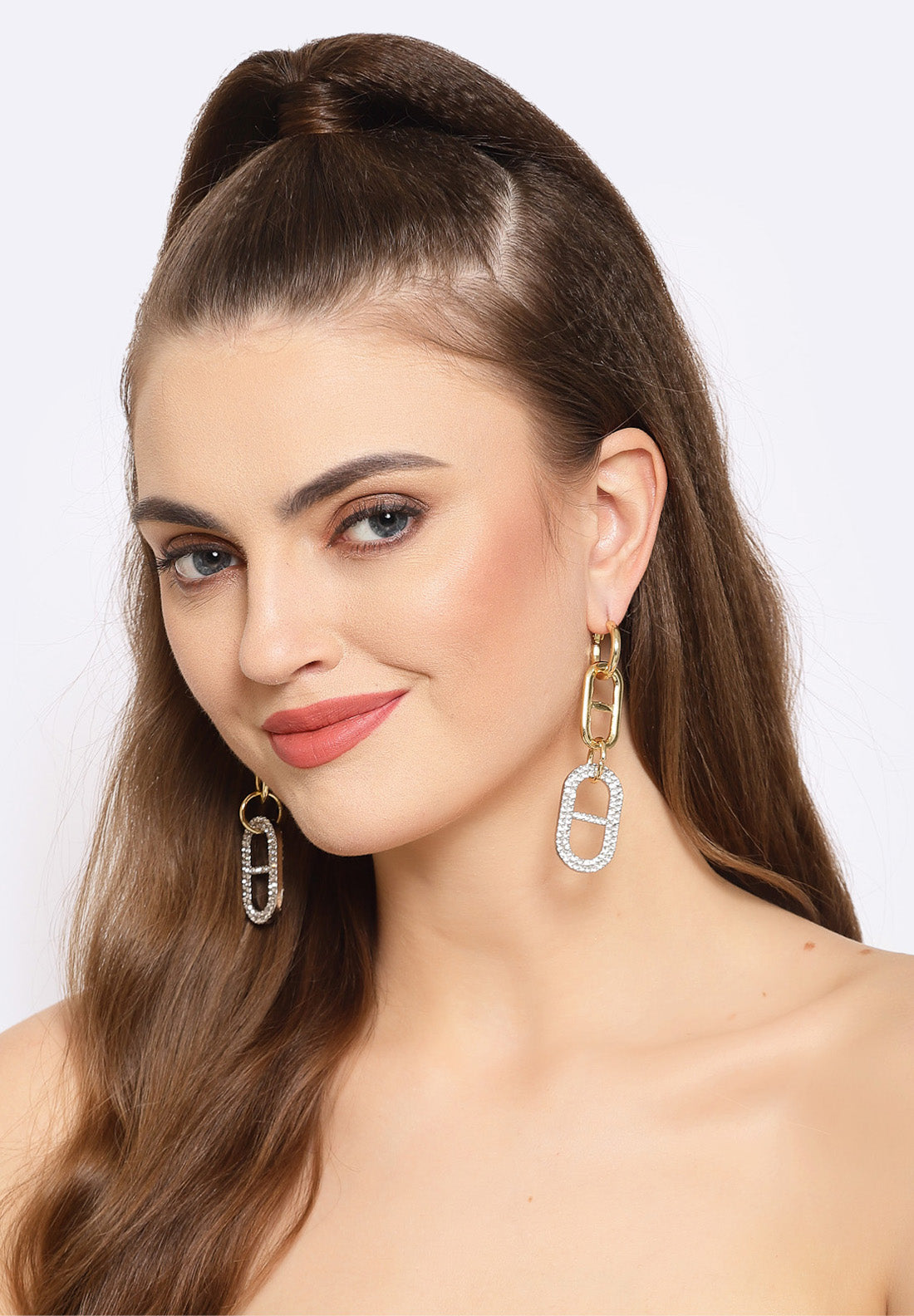 Avant-Garde Paris Gold Chain Crystal Hanging Earrings