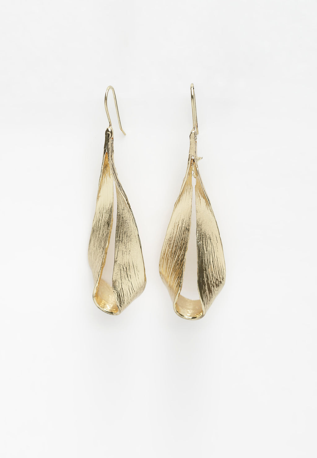 Avant-Garde ParisMetallic Gold Drop Earrings