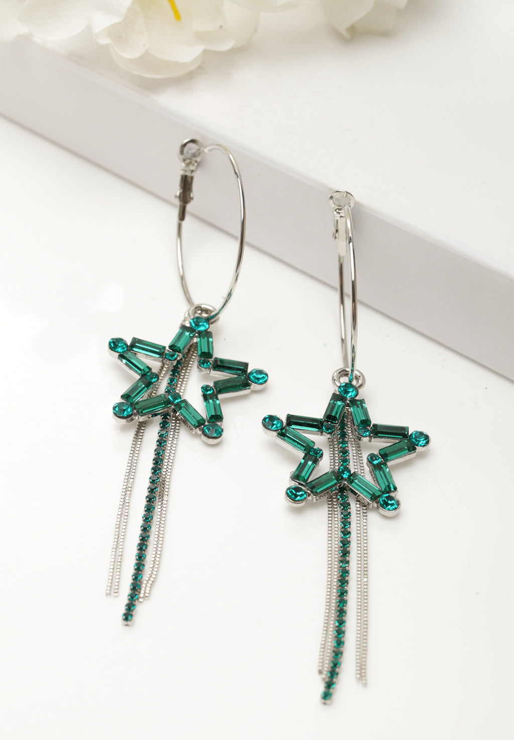 Avant-Garde Paris Luxury Crystal Studded Star Long Pierced Earrings
