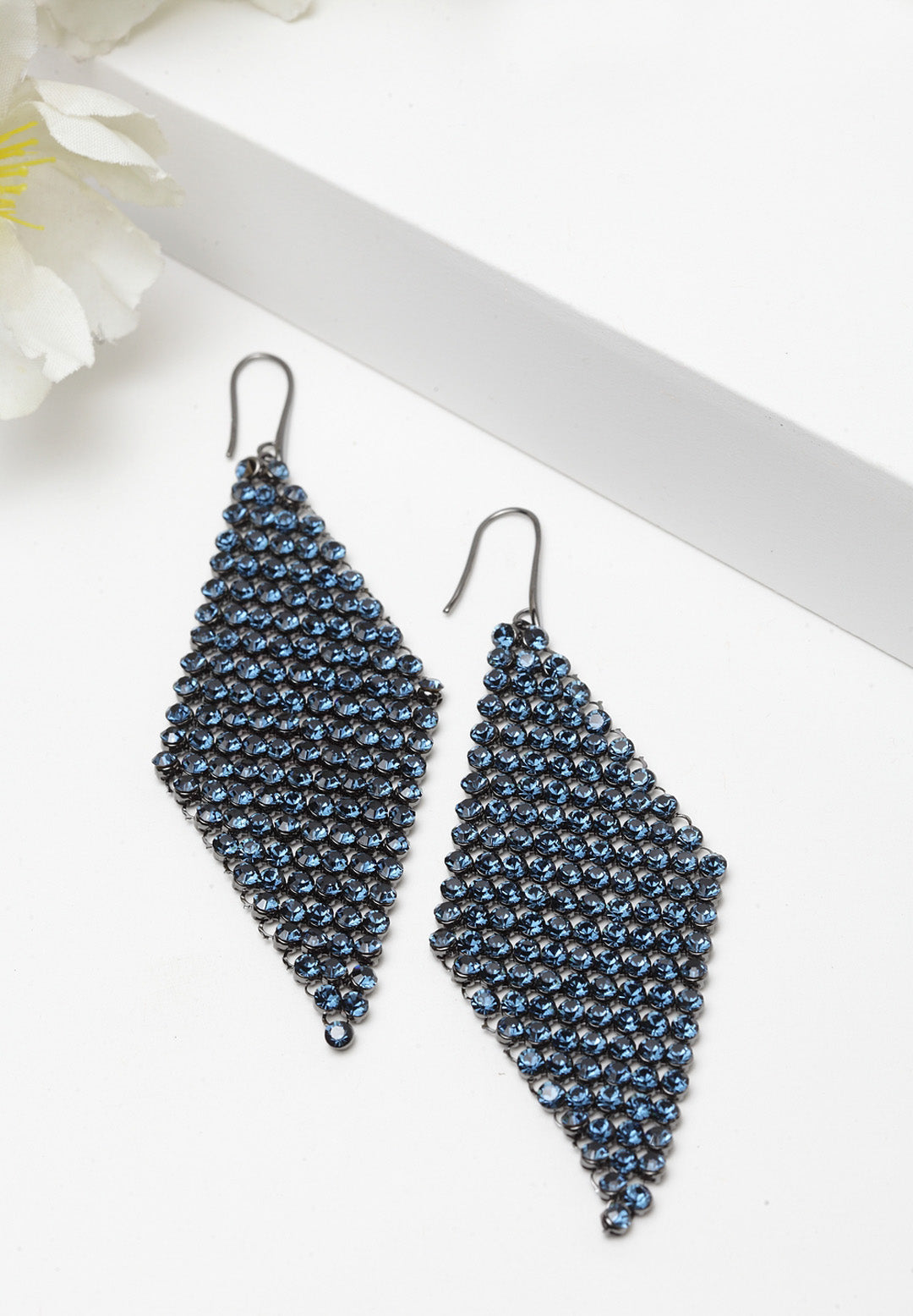 Avant-Garde Paris Crystallized with Swarovski Mesh Long Earrings