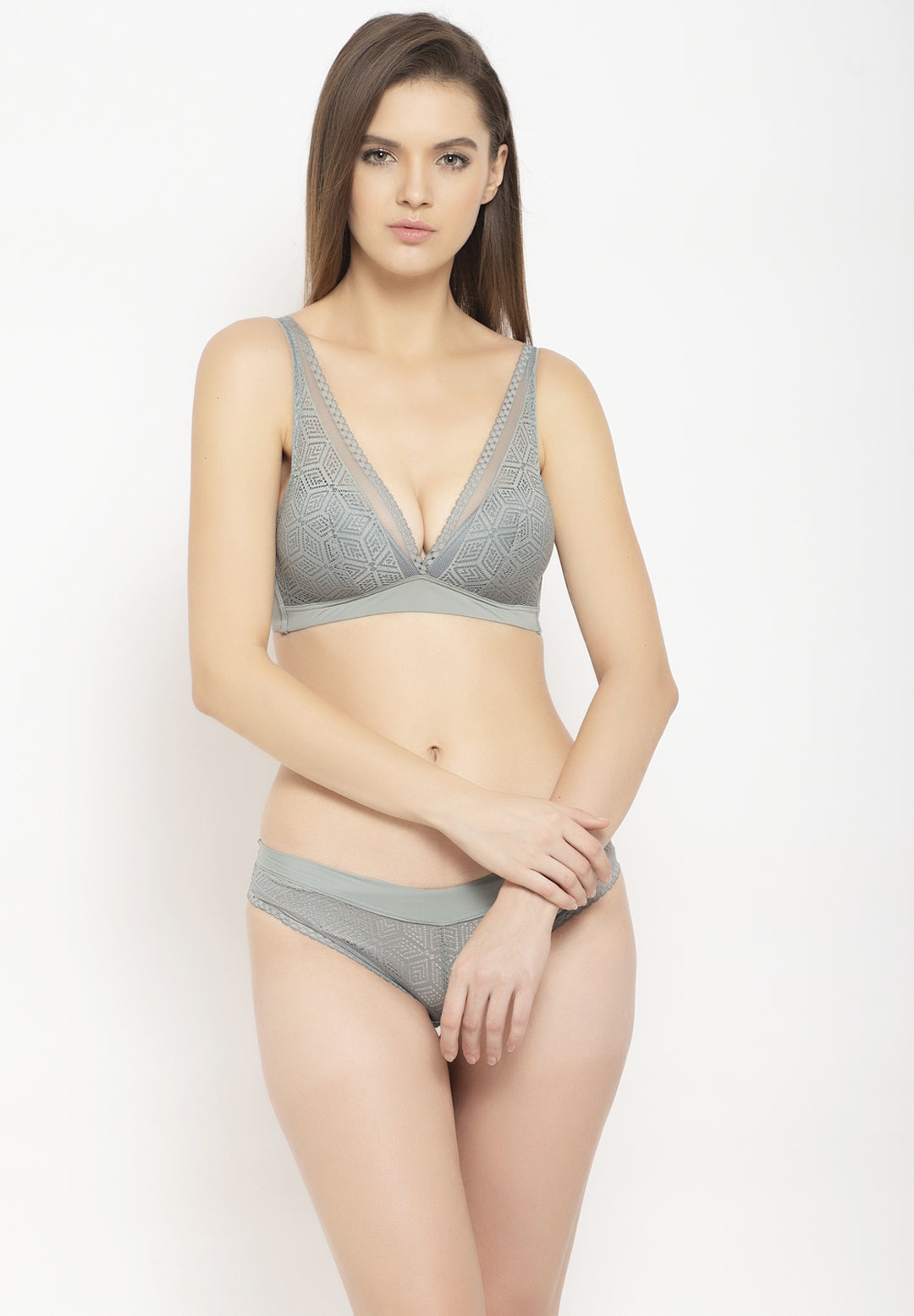 Avant-Garde Paris Padded Non-wired Lace Bra Set