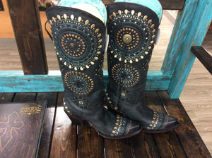 Corral Black Embroidey Boots with Embroidery and Crystals