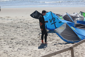 Eleveight FS Kite Review - Freestyle / Wakestyle Kiteboarders are loving this one!