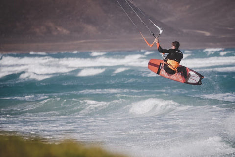 Kitesurf | Strapless Freestyle Kite Surf Board | RRD Kiteboarding
