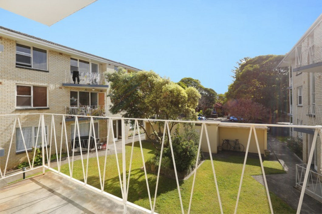 15/97 Oaks Avenue Dee Why