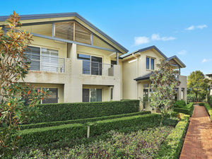 8/3 Possum Way Warriewood