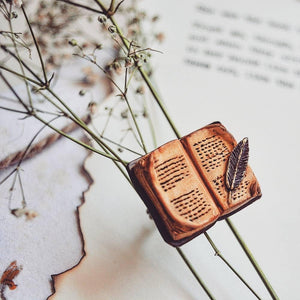 Book and Quill Ring