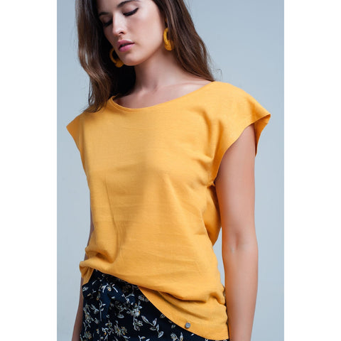 Yellow T-Shirt With Scoop Neck