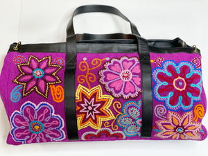 Flores Weekender Bag {magenta} - Global Hues Market